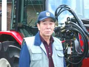 大型トラクタ本州菊田様